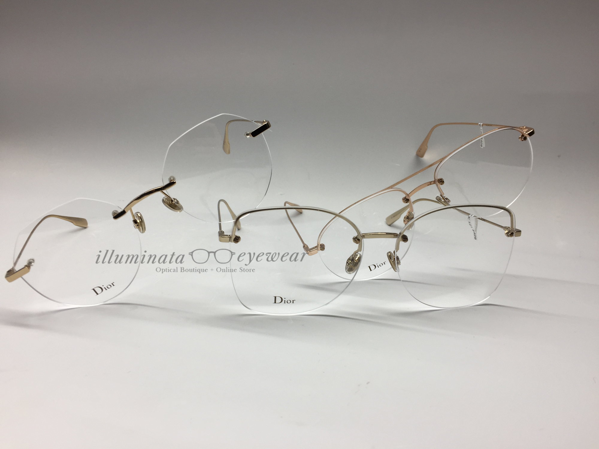 b19ce219eb1c I must also mention that such large rimless glasses are very comfortable as  they provide a very large vision area. How do you make sure that lenses  don't ...